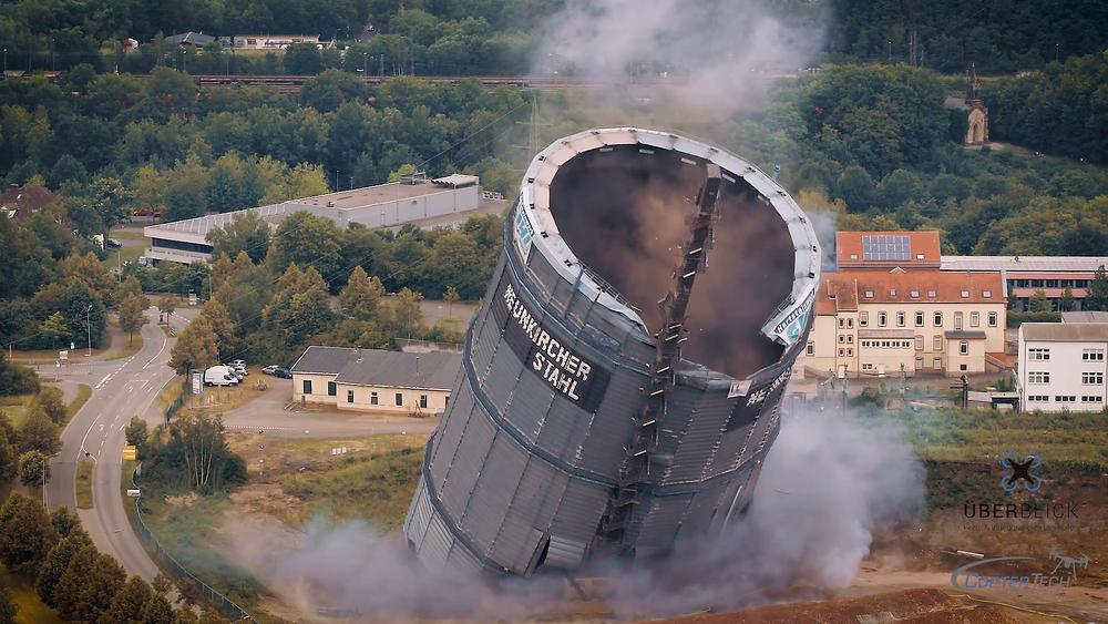 Sprengung des Gasometer in Neunkirchen (Saar)