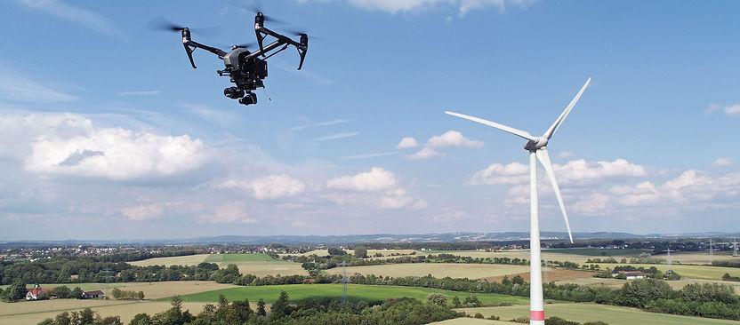 Inspektion von Windkraftanlagen per Drohne