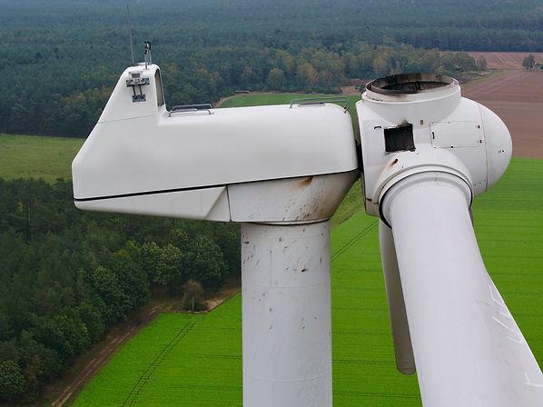 Drohneninspektion an Windkraftanlagen