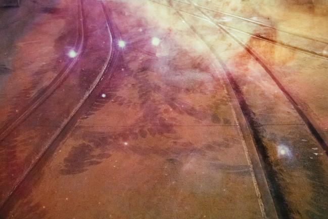 11-locomotive_tracks_tunnel.jpg