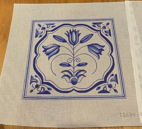 Plum Designs TSG34-A Blue/White Tulips 13 mesh
