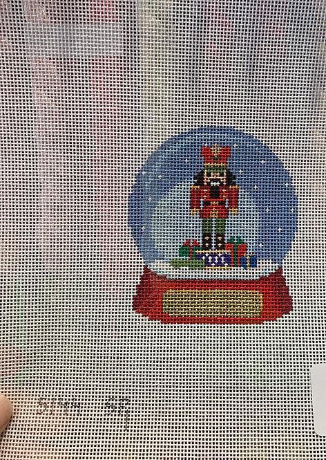 Snow Globe with Nutcracker SR 5144