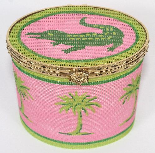 BXLO-01 Lg. Oval Green Gator & Palms