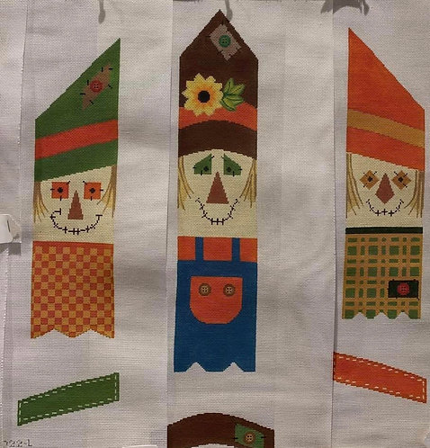 Tapestry Fair Scarecrow Fencepost