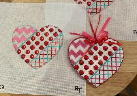 AT HE1002 Chevron/Coin Dot/Tattersall Heart - Large