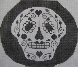 ND 451 Skull Vase