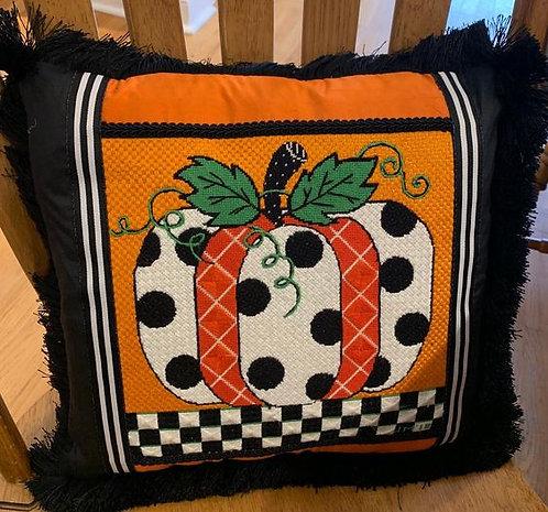 AP4002 Fall Polka Dot Pumpkin