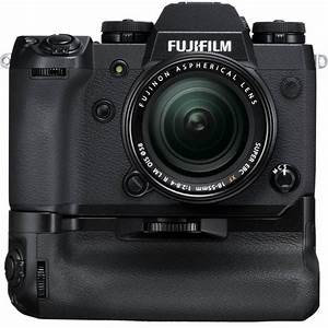 Fujifilm XH1 con battery grip in kit con ottica zoom 18/55 2,8/4