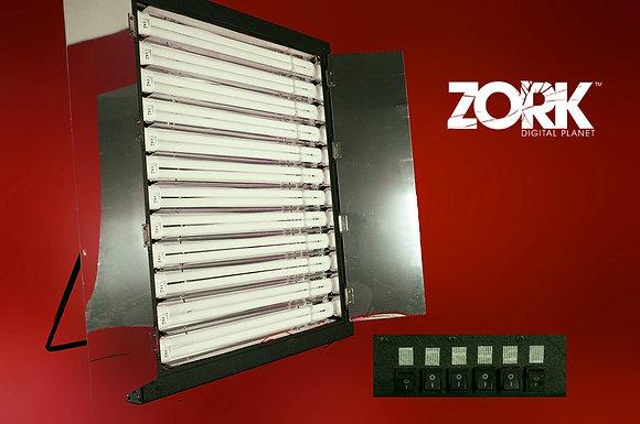 Lampada a 12 elementi fluorescenti