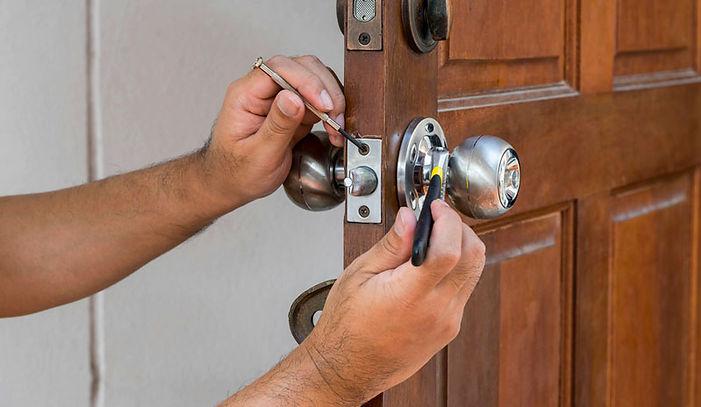 תיקון דלת באשקון