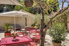 Patio at Mas Saint-Gens, accomodation in Provence Carpentras