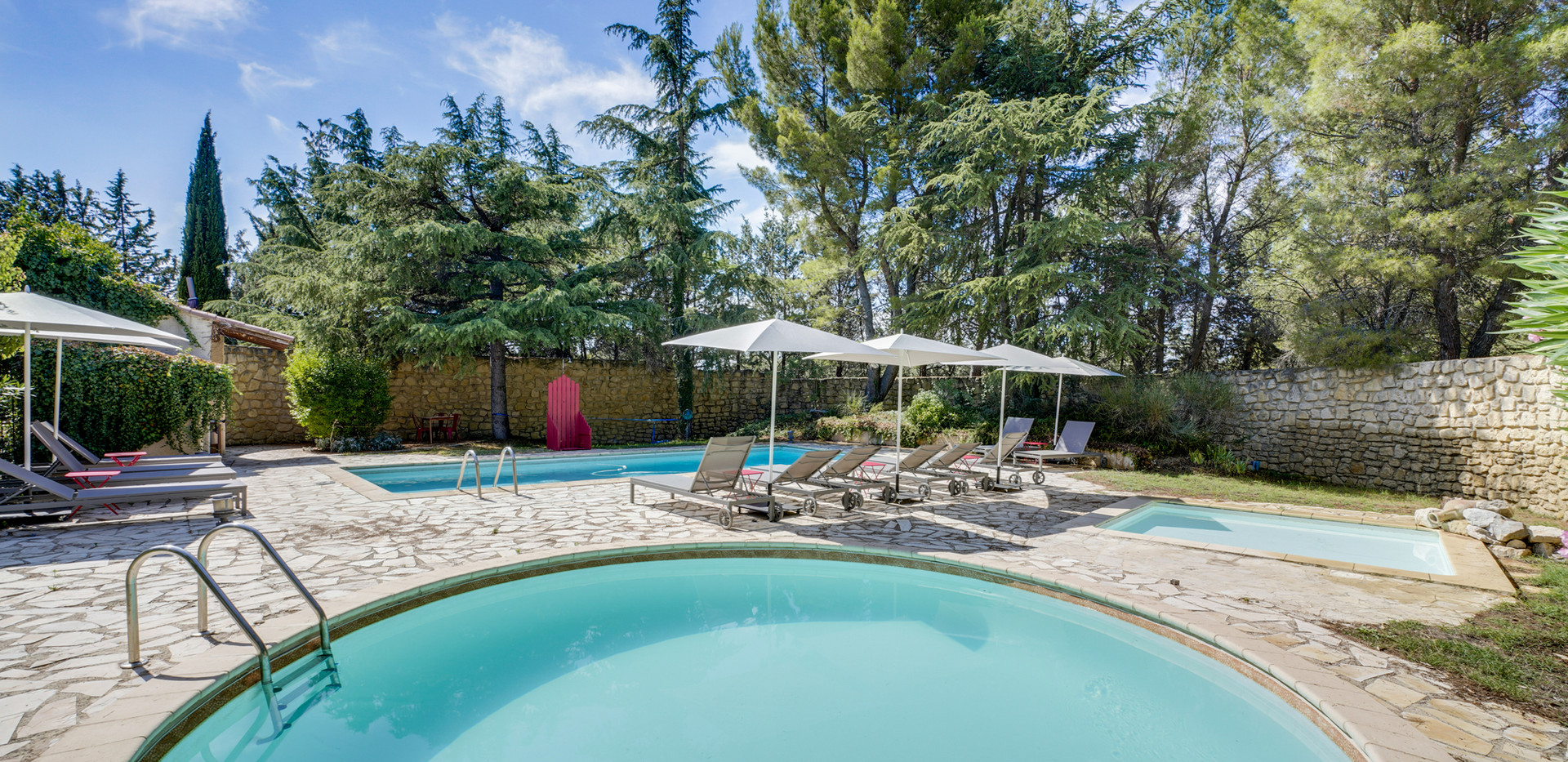 Mas Saint-Gens swimming pools