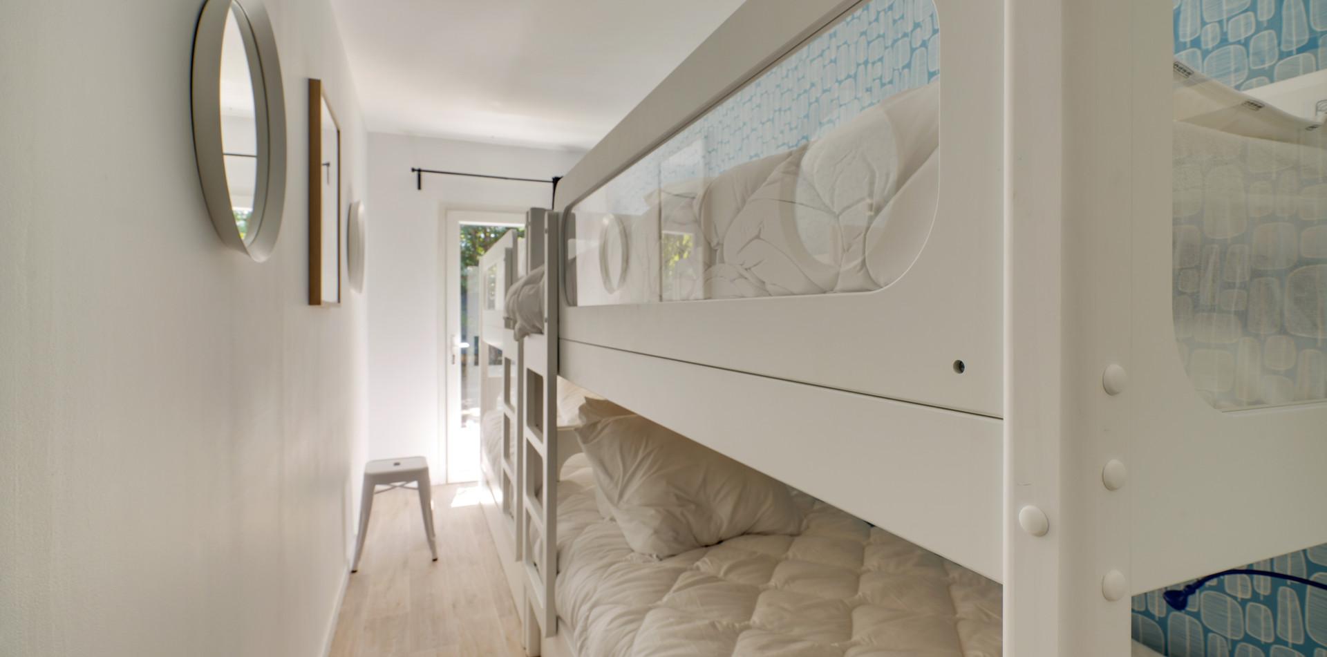 Maison des Amis, bedroom 2, Mas Saint-Gens