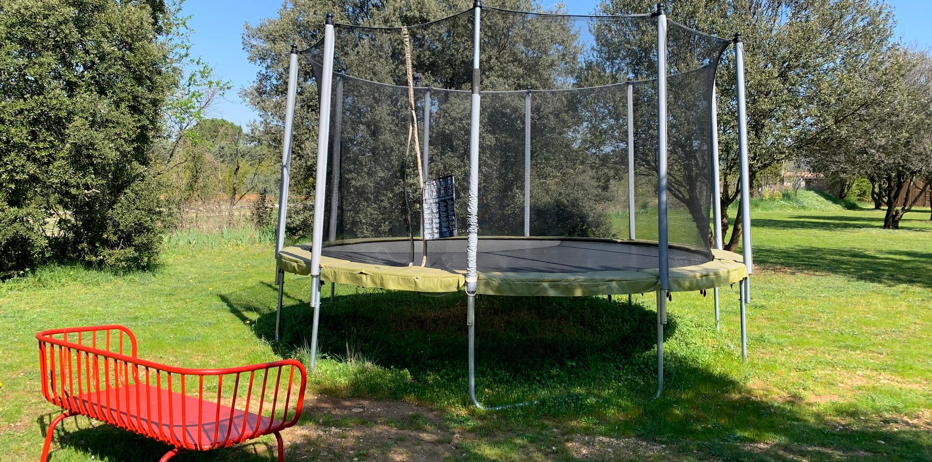 Mas Saint-Gens trampoline