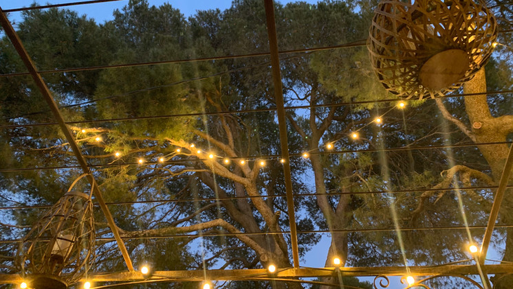 Guinguette garlands at Mas Saint-Gens, your holiday home in Provence