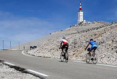 Riding at Mont Ventoux, Mas Saint-Gens, large cottage to rent in Carpentras South of France