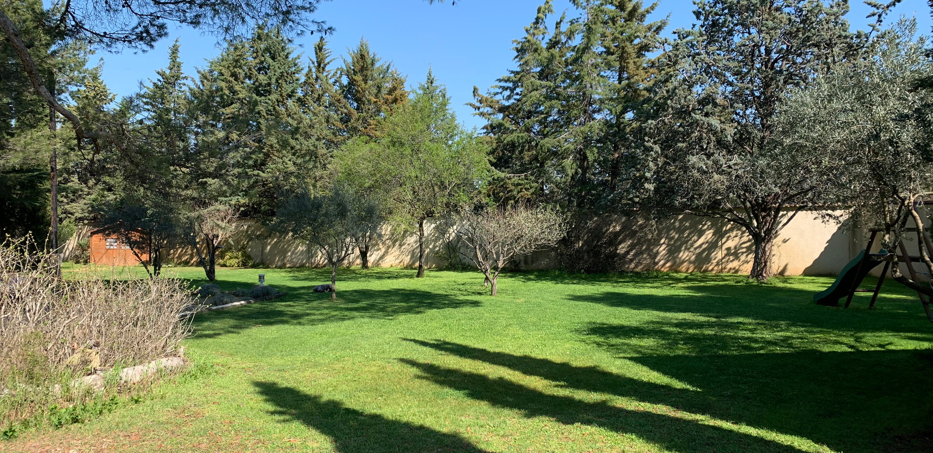 The gardens of Mas Saint-Gens, cottage to rent in Provence