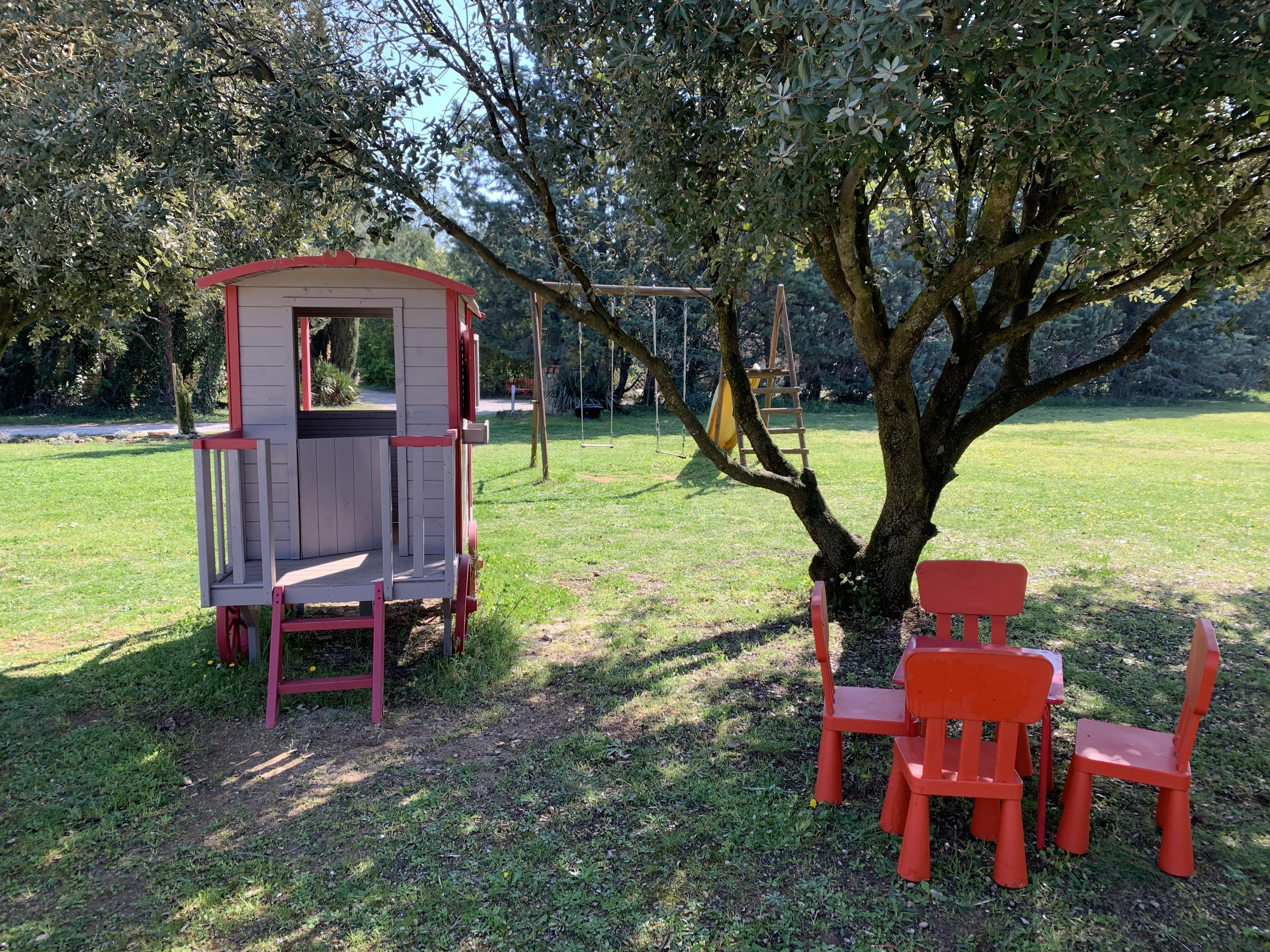 Vous cherchez une location de maison de vacances en Provence ? Une location de vacances dans le Lube