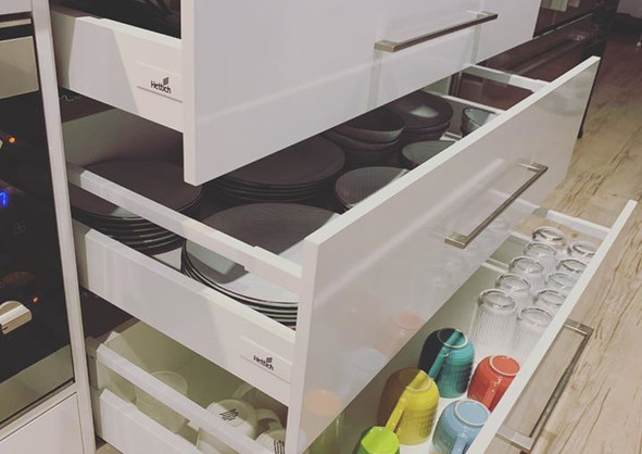 Polyurethane Drawers