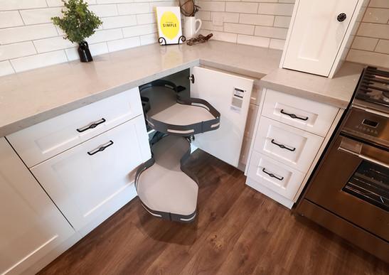Corner Cabinet Unit