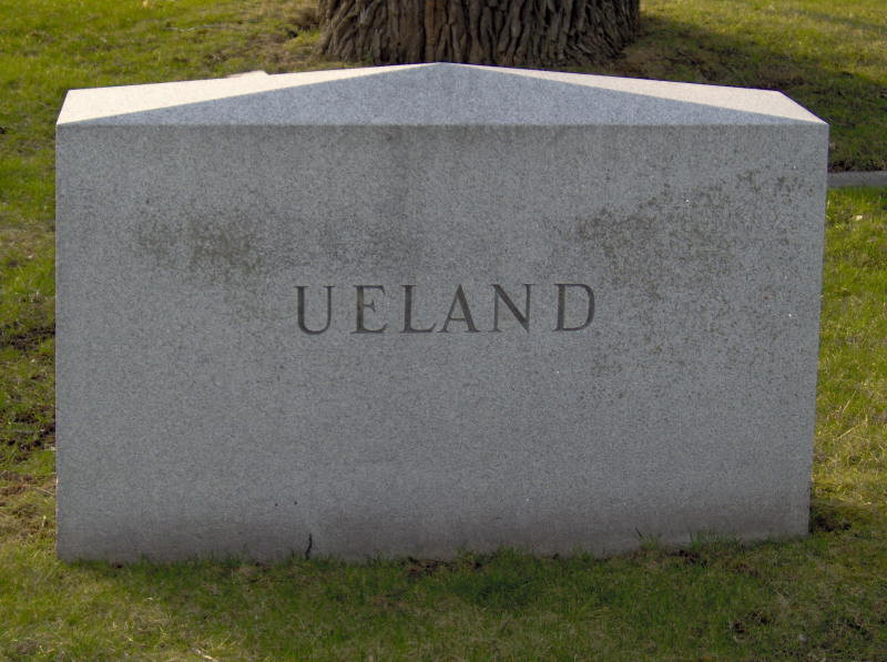 Grave of Clara Ueland
