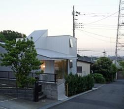 角地の小さなグループホーム