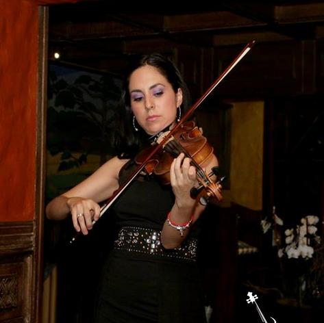 Aura Hernández Violinista