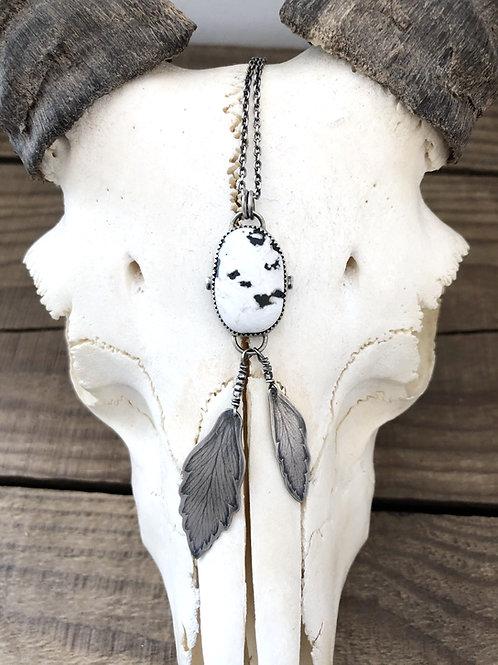 Colar White Buffalo