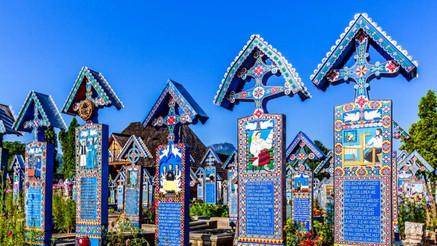 cimitirul_vesel_sapanta.jpg