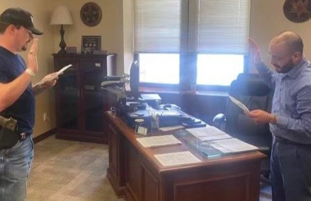 Erath County sheriff's deputy sworn in as liaison for the U.S. Marshals Service.