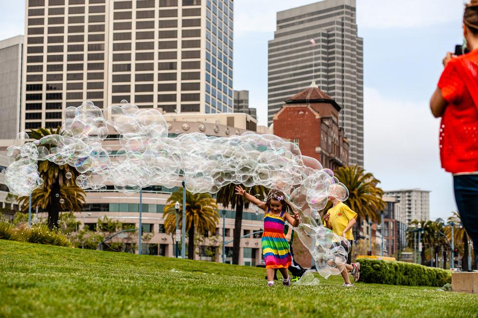 Escape the Bubblemonster