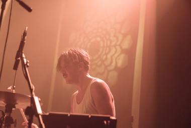 Alican Tezer - live at Zorlu by Leo Xandre