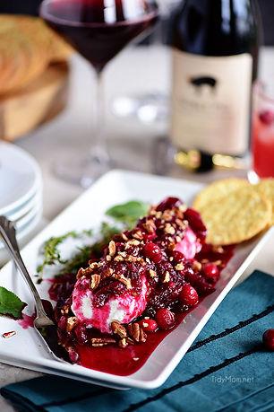 red-wine-craberry-cheese-log-pic.jpg