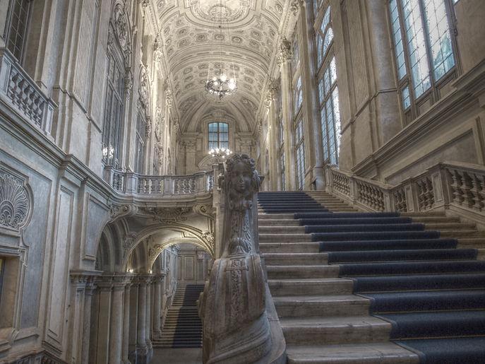Scalone_juvarriano_di_Palazzo_Madama_a_T