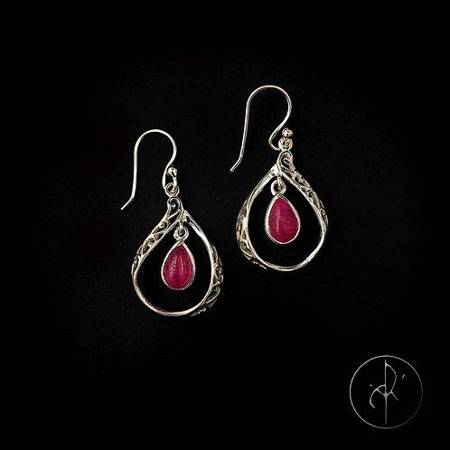 Boucles d'oreilles indiennes racine de rubis