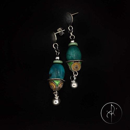 Boucles d'oreilles antiquités