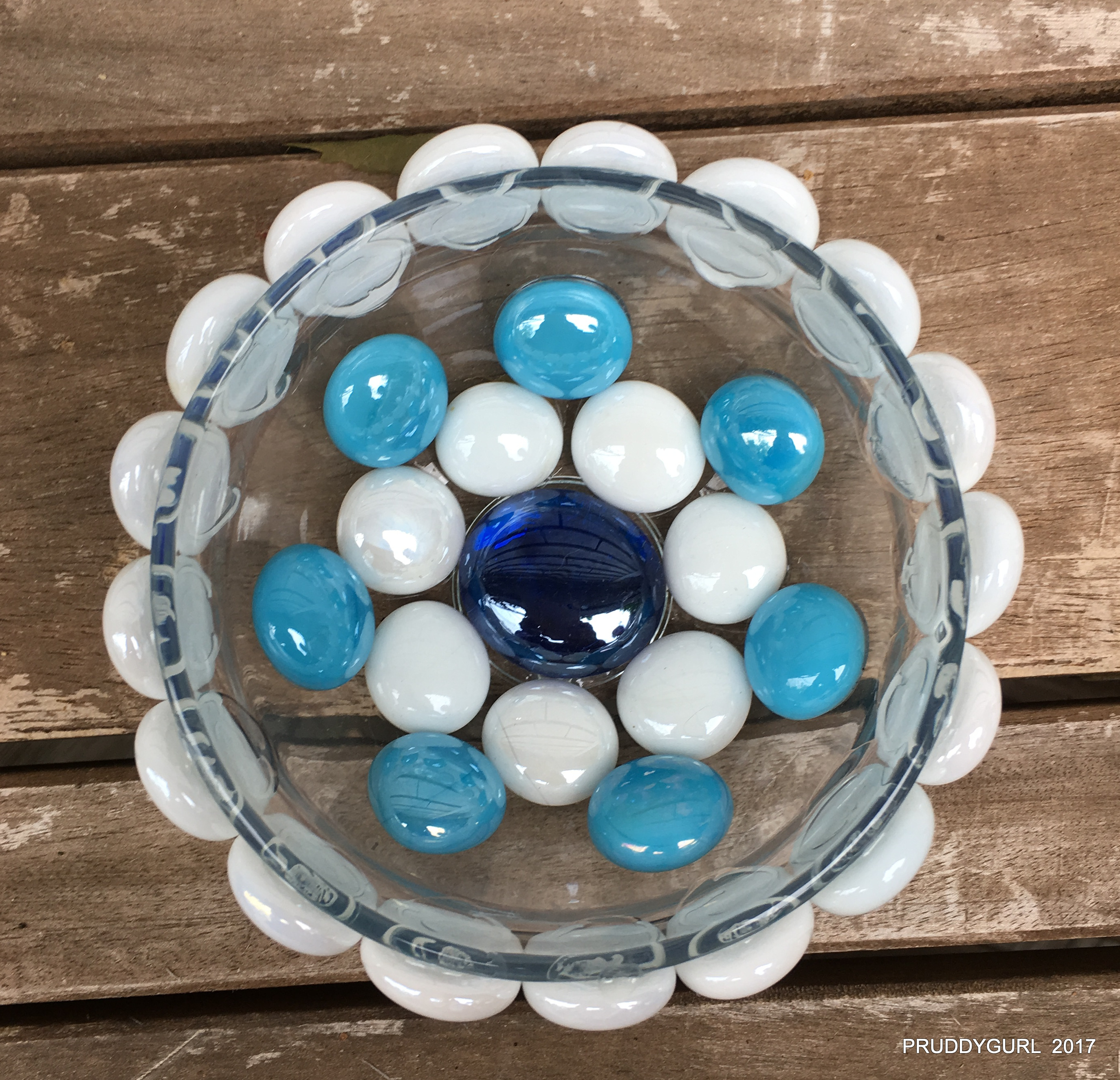 Blue and white ring bowl WM