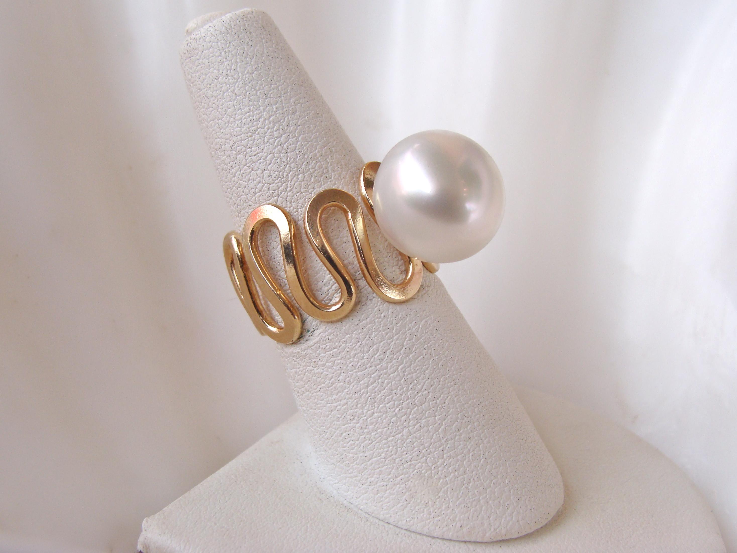 Silk Road Ring