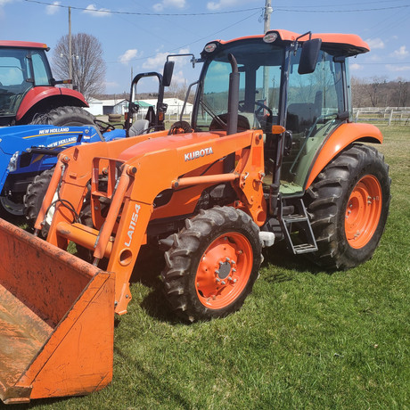 Kubota M7060 MFWD Cab Tractor.jpg