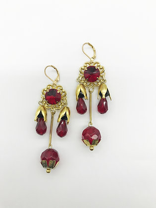 Red Glass Bead Earrings 2703