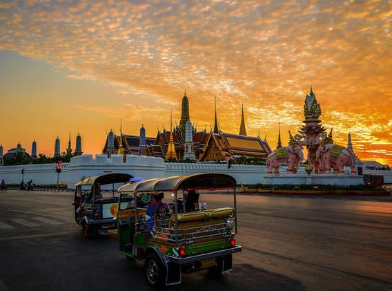 Thailande Tuk tuk.jpg