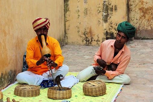 India Charmeurs de serpents.jpg