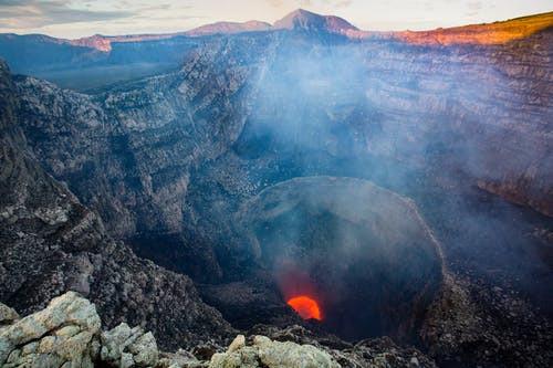NICARAGUA volcan en fusion.jpeg