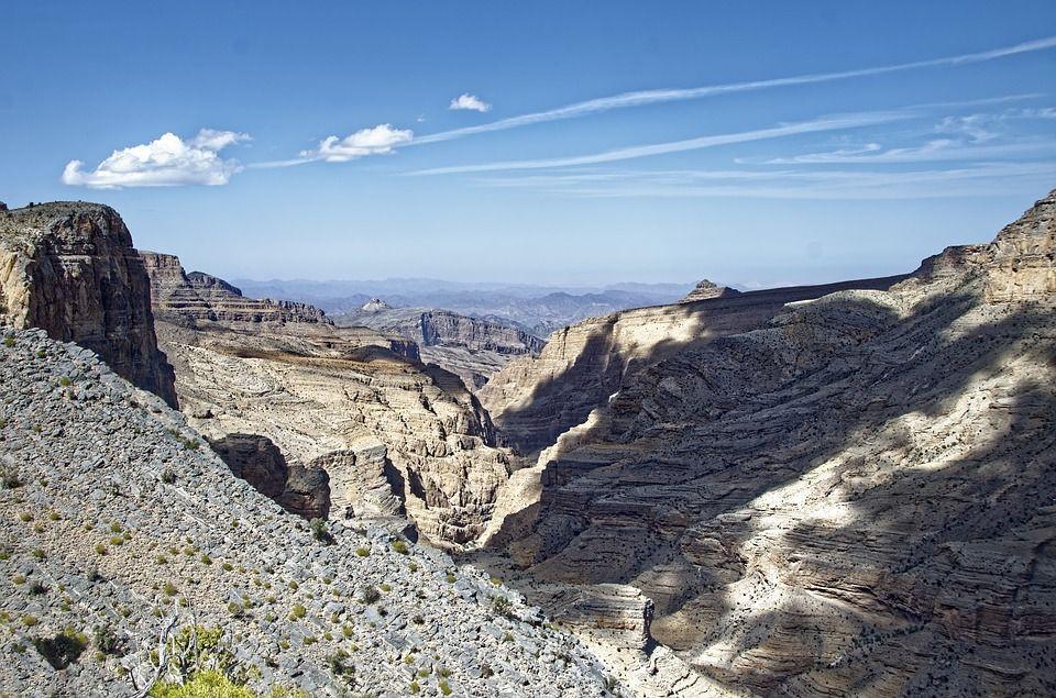 OMAN canyon.jpg