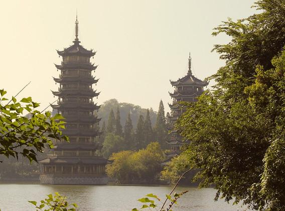 CHINE Guilin pagodes.jpg