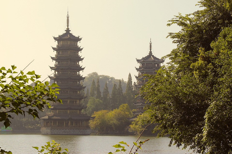 CHINE Guilin pagodes.jpg