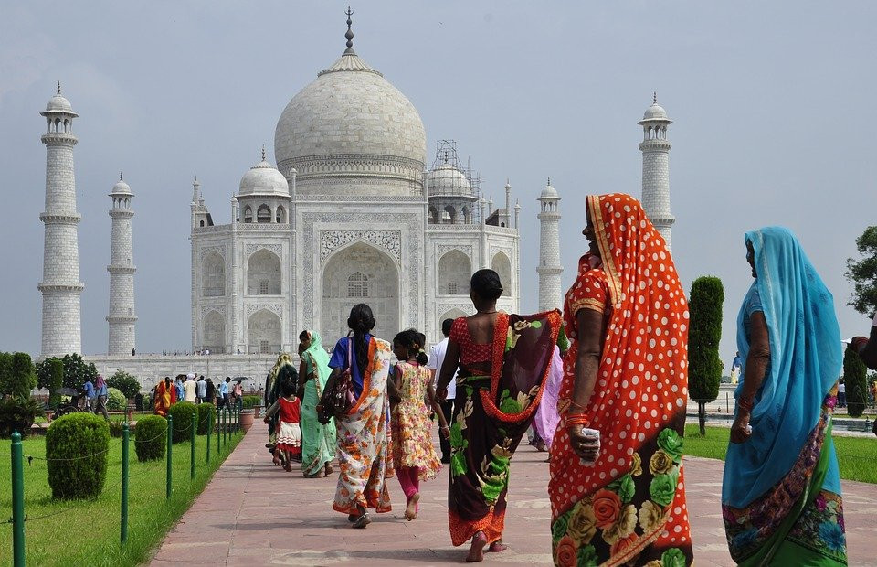 Inde Taj Mahal et indiennes.jpg