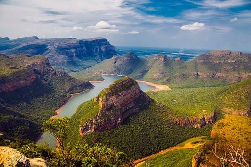 AFRIQUE DU SUD Montagnes.jpg