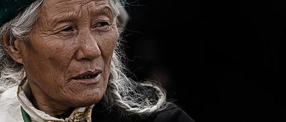 NEPAL Femme.jpg
