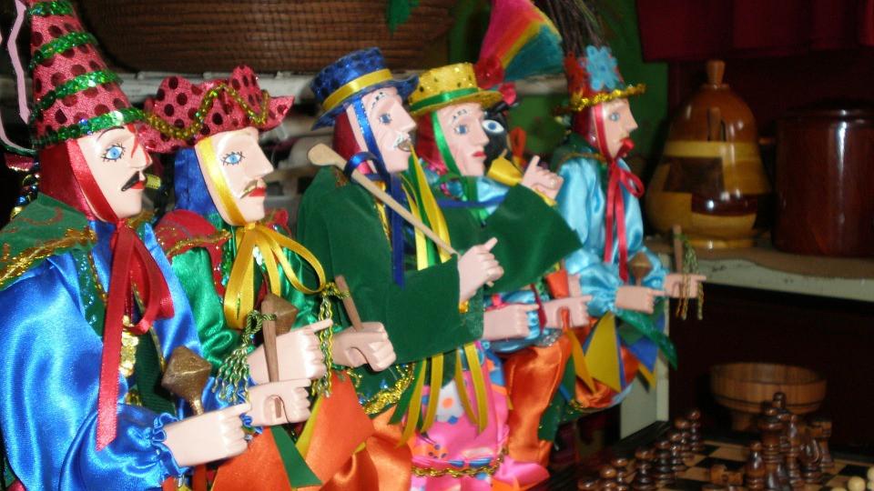 Nicaragua-figurines.jpg